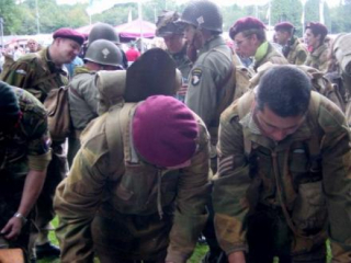 45_airborne_march-4a_2