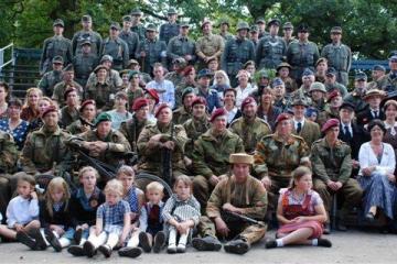 Fort vol soldaten 2008